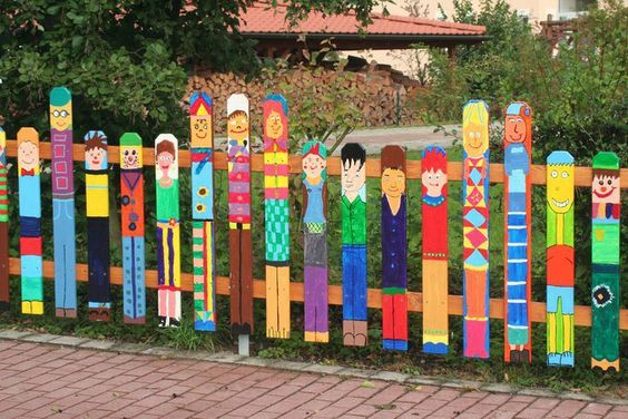 mural picket fence
