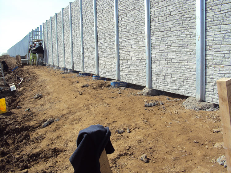 Sound Barrier Fence – Avoid These Mistakes | Jay Fencing