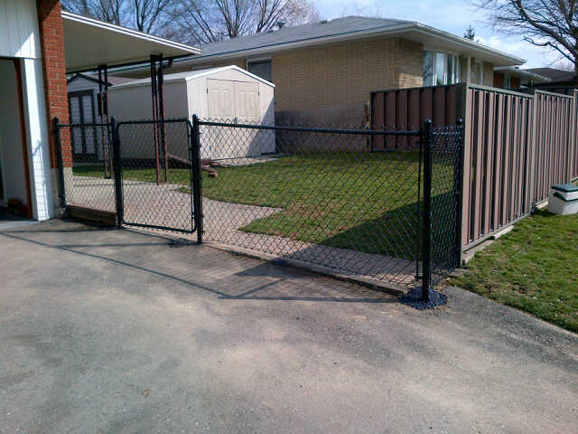 Residential Chain Link Fence #14