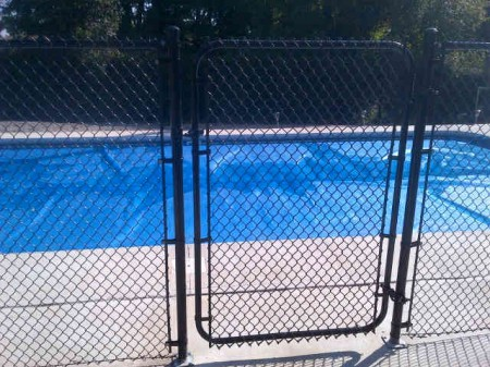 Residential Chain Link Fence #19